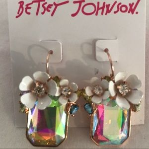 Betsey Johnson flower drop earrings